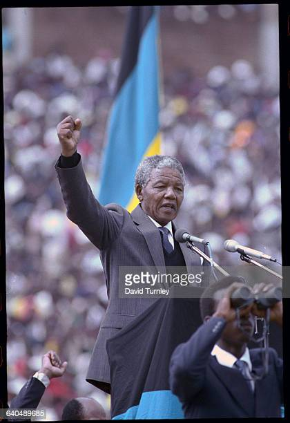 Nelson Mandela addresses an audience after his release from prison
