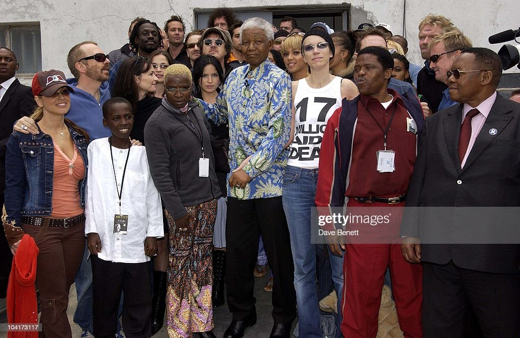 Nelson Mandela And Annie Lennox, The Stars Of Rock And Roll Join Forces For Nelson Mandela's 46664 Concert In Cape Town, South Africa. In The Pre, Concert Build Up The Artists And Mr Mandela Travelled To The Prison On Robben Island, Where Mr Mandela Was Imprisoned For 27 Years And Was Known Simple As Prisoner 46664, South Africa Gears Up For Aids Awareness Mandela Concert 46664. The Concert Is In Association With Mtv's Staying Alive & Www.46664.com Powered By Tiscali.