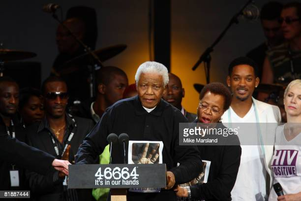 Nelson Mandela attends the 46664 Concert part of Nelson Mandela 90th birthday celebrations on June 27 2008 at Hyde Park in London