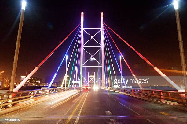 nelson mandela bridge at night, braamfontein, johannesburg, south africa - gauteng province stock pictures, royalty-free photos & images