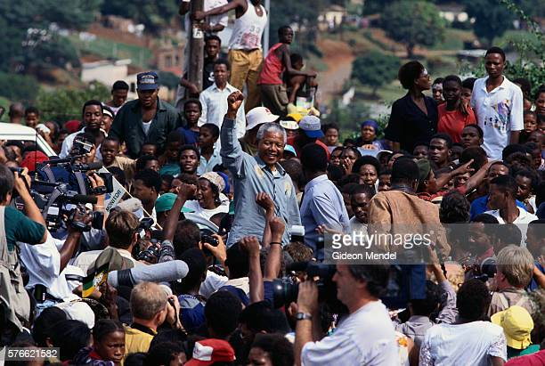 nelson mandela campaigning in natal - political party stock pictures, royalty-free photos & images