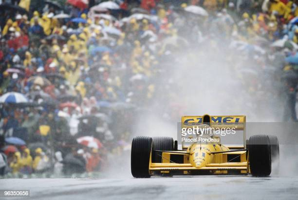 Nelson Piquet drives the LotusJudd 101during the Canadian Grand Prix on 18th June 1989 at the Montreal Circuit Gilles Villeneuve in Montreal Canada