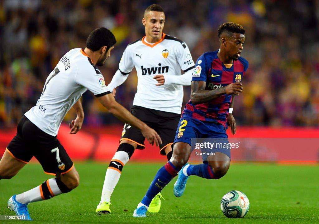 FC Barcelona v Valence Club de Futbol - La Liga : News Photo