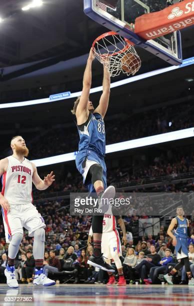 Nemanja Bjelica of the Minnesota Timberwolves dunks against the Detroit Pistons at the Palace of Auburn Hills on February 3 2017 in Auburn Hills...