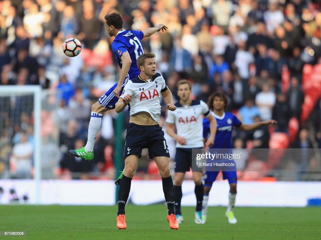 Chelsea v Tottenham Hotspur - The Emirates FA Cup Semi-Final : News Photo