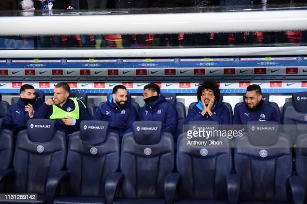 Nemanja Radonjic Kevin Strootman Adil Rami Jordan Amavi Luiz Gustavo and Dimitri Payet of Marseille on the bench during the Ligue 1 match between...