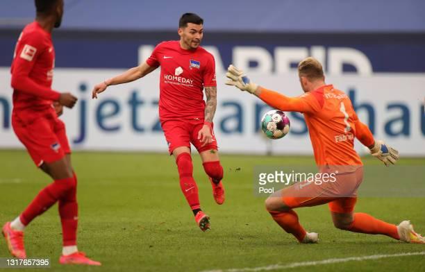 Nemanja Radonjic of Hertha BSC has a shot saved by Ralf Faehrmann of FC Schalke 04 during the Bundesliga match between FC Schalke 04 and Hertha BSC...