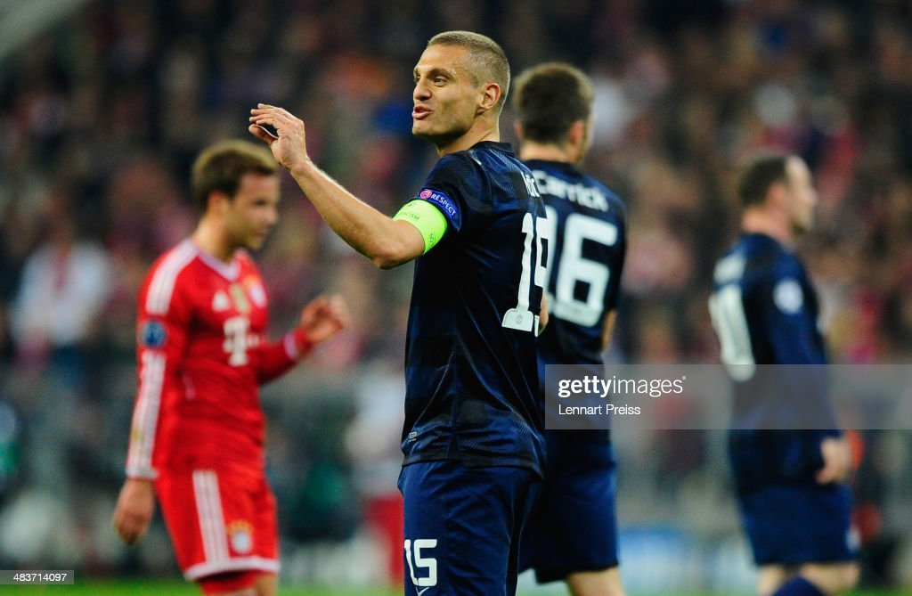 FC Bayern Muenchen v Manchester United - UEFA Champions League Round Quarter Final : News Photo
