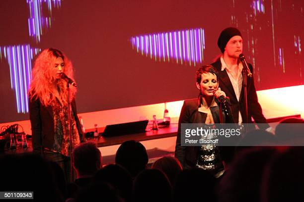 Nena Tochter Larissa Kerner Sohn Sakias Kerner davor Publikum Verleihung Gala Deutscher Medienpreis 2011 für herausragende Symbole der Menschlichkeit...