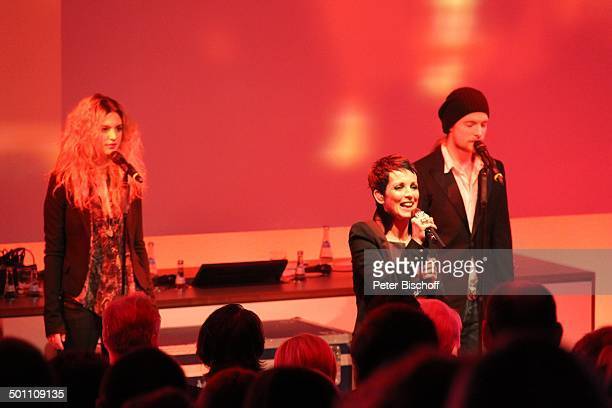 Nena Tochter Larissa Kerner Sohn Sakias Kerner Verleihung Gala Deutscher Medienpreis 2011 für herausragende Symbole der Menschlichkeit BadenBaden...
