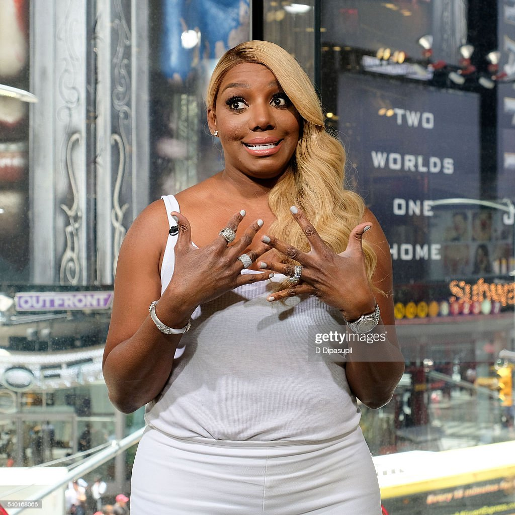 NeNe Leakes visits 'Extra' at their New York studios at H&M in Times Square on June 14, 2016 in New York City.
