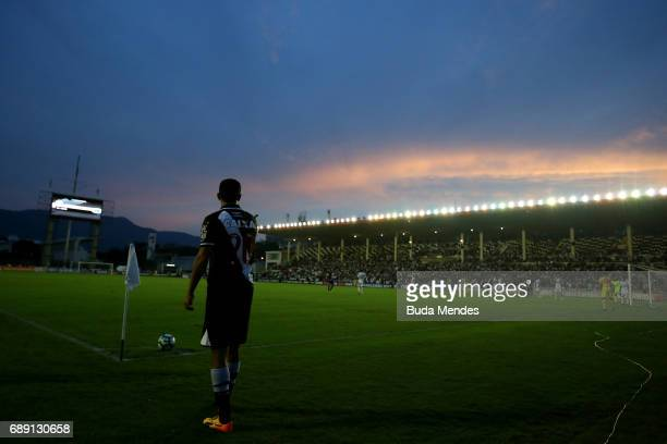Nene of Vasco in action during a match between Vasco and Fluminense part of Brasileirao Series A 2017 at Sao Januario Stadium on May 27 2017 in Rio...