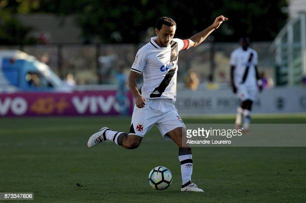 Nene of Vasco da Gama in action during the match between Vasco da Gama and Sao Paulo as part of Brasileirao Series A 2017 at Sao Januario Stadium on...