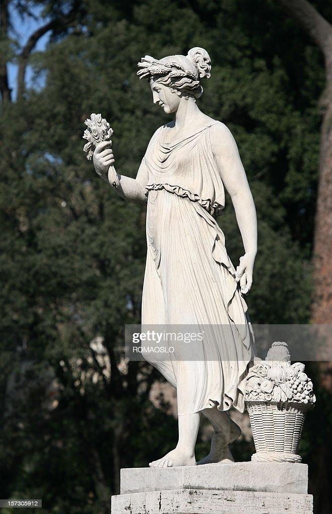 Neo-Classical sculpture of a woman - Piazza del Popolo, Rome : Stock Photo
