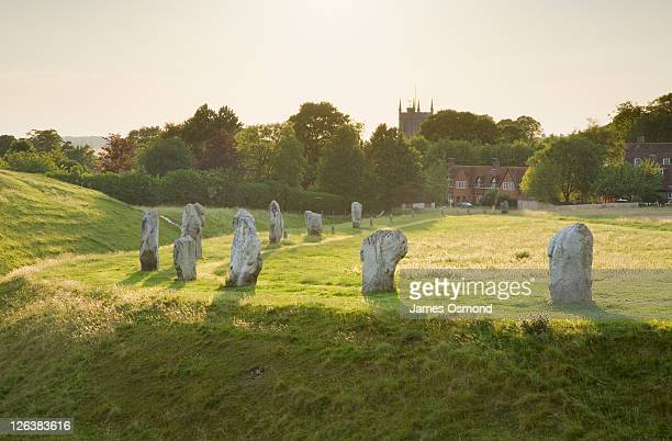 neolithic standing stones at avebury. wiltshire. england. uk. - ウィルトシャー州 ストックフォトと画像