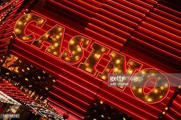 luces de neón casino - los siete pecados capitales fotografías e imágenes de stock