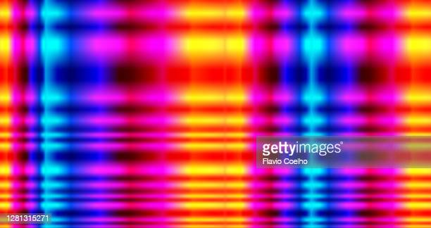 neon colored background with stripes in yellow, orange, red, pink, purple and blue - insight tv stock-fotos und bilder