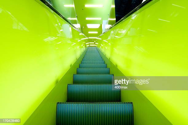 Neongrün Rolltreppe