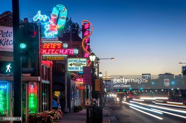 neon lights, business's on east colfax street, denver, colorado - denver photos et images de collection