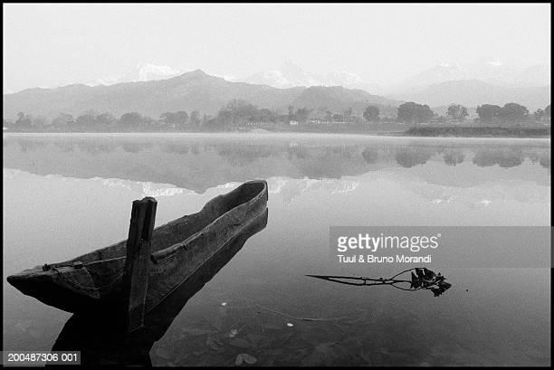 Nepal, Annapurna, Pokhara, Pewa Tal Lake and boat