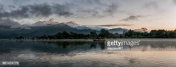 Nepal, Annapurna, Pokhara, Phewa lake in the evening