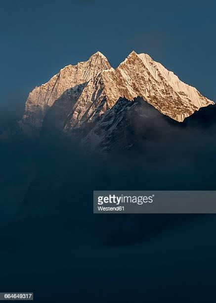 nepal, himalaya, solo khumbu, kongde ri - khumbu stock pictures, royalty-free photos & images