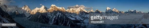 nepal, khumbu, everest region, everest range from gokyo ri peak - gokyo ri ストックフォトと画像