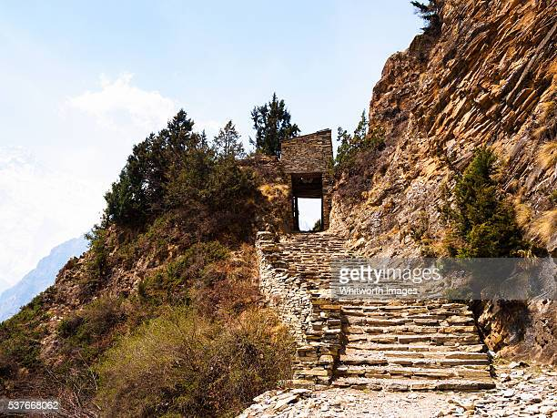 Nepal, Manang, Ghyaru: Stone steps and gateway on Annapurna Circuit Trek