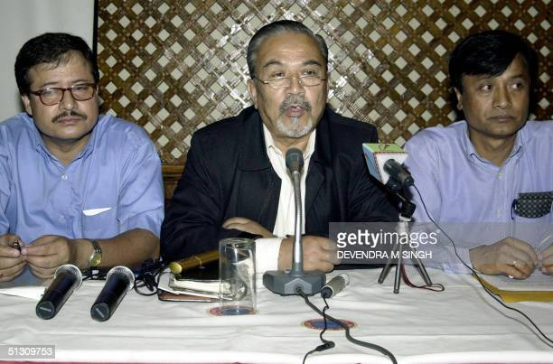Nepalese chief mediator Padma Ratna Tuladhar speaks during a press conference 15 September 2004 in Kathmandu Tuladhar read out a joint declaration of...