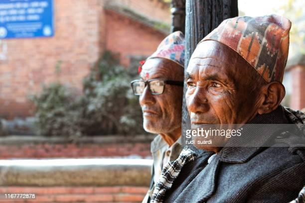 ハトマンドゥのネパール人 - バクタプル ストックフォトと画像