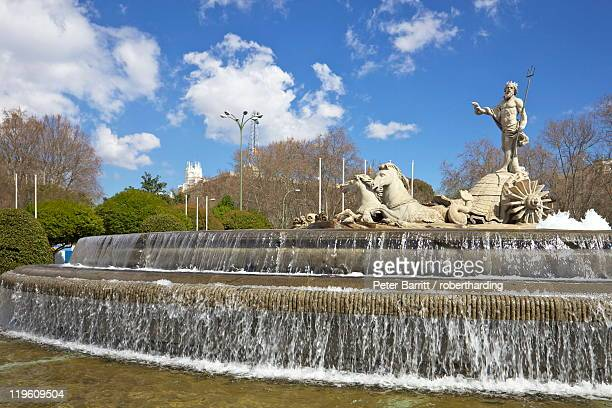 Neptune Fountain, Canovas del Castillo Square, Paseo del Prado, Madrid, Spain, Europe