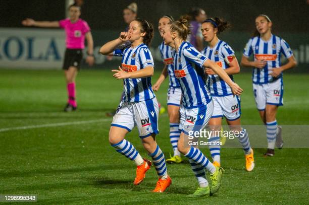 Nerea Eizagirre of Real Sociedad celebtares after scoring a goal during the Primera Division Femenina football match between Real Sociedad and Real...