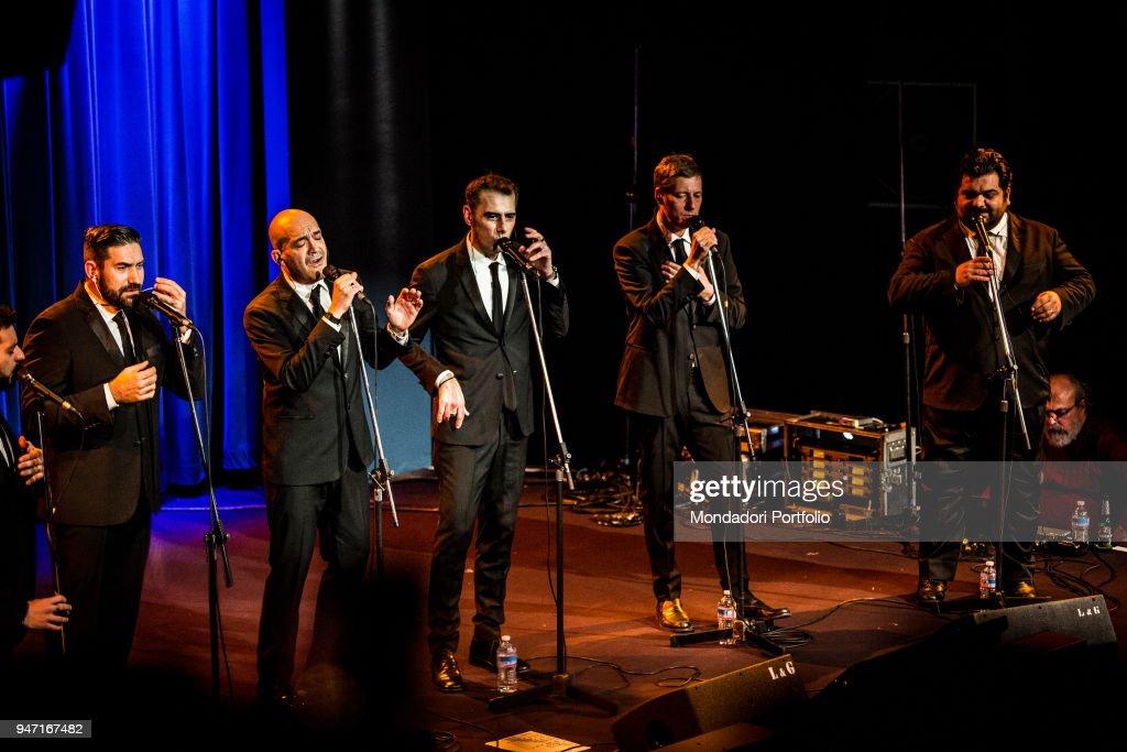 Neri per Caso in concert at the Blue Note in Milan. From the left: Daniele Blaquier (just a glimpse of), Gonzalo Caravano, Diego Caravano, Mario Crescenzo, Massimo De Divitiis e Ciro Caravano. Milan (Italy), 11th January 2017