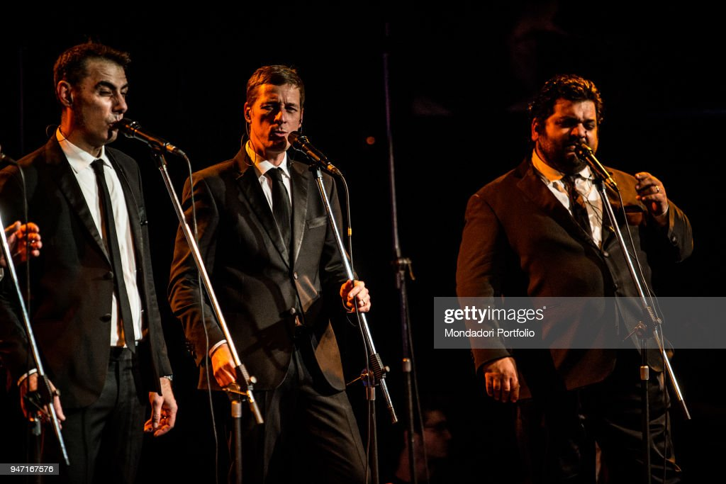 Neri per Caso in concert at the Blue Note in Milan. From the left: Mario Crescenzo, Massimo de Divitiis and Ciro Caravano. Milan (Italy), 11th January 2017