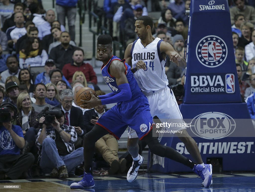 Dallas Mavericks v Philadelphia 76ers : Nachrichtenfoto