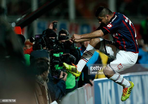 Nestor Ortigoza of San Lorenzo celebrates after scoring the opening goal during the second leg final match between San Lorenzo and Nacional as part...