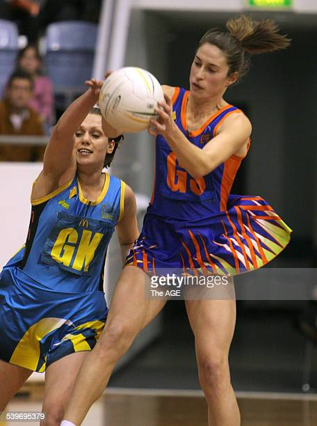 Netball at State Netball and Hockey Centre in Parkville Melbourne Kestrels Andrea Booth v Hunter Jaegers Alison Tucker 13 August 2005 THE AGE SPORT...