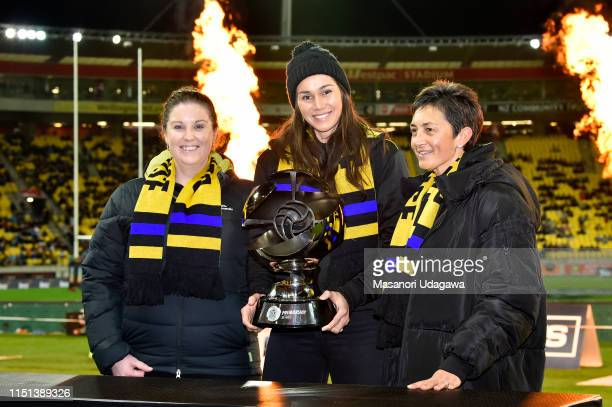 Netball Pulse players pose during the Super Rugby Quarter Final match between the Hurricanes and the Bulls at Westpac Stadium on June 22 2019 in...