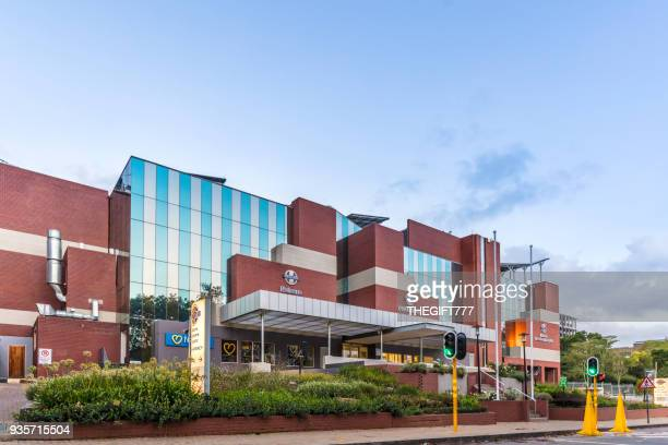 netcare hospital in rosebank, johannesburg - medical building stock pictures, royalty-free photos & images