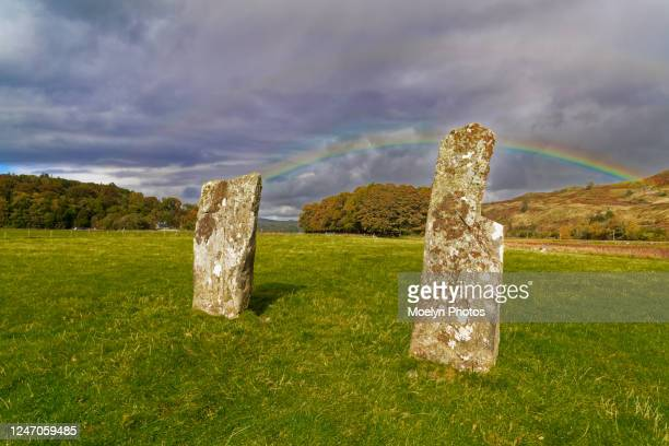 nether largie standing stones in the field - strathclyde stock pictures, royalty-free photos & images