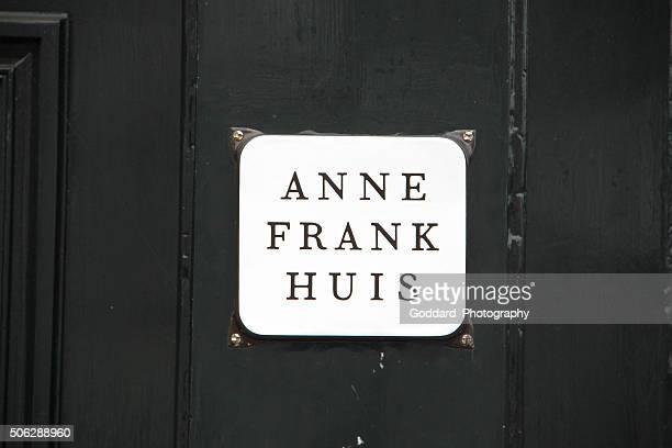 países baixos: casa de anne frank em amesterdão - anne frank imagens e fotografias de stock