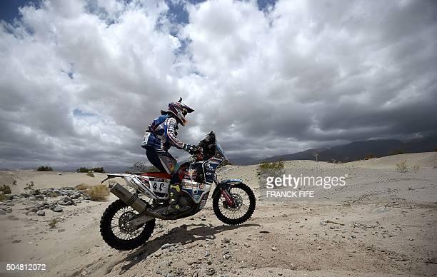 TOPSHOT Netherlands' biker Jurgen Van Den Goorbergh powers his KTM during the Stage 10 of the Rally Dakar 2016 between Belen and La Rioja Argentina...
