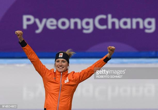 Netherlands' Carlijn Achtereekte celebrates winning gold in the women's 3,000m speed skating event during the Pyeongchang 2018 Winter Olympic Games...