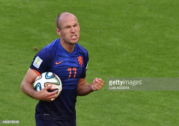 Netherlands' forward Arjen Robben reacts during a Group B football match between Australia and the Netherlands at the Beira-Rio Stadium in Porto...