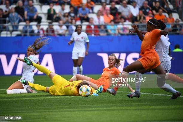 TOPSHOT Netherlands' forward Lineth Beerensteyn scores her team's second goal during the France 2019 Women's World Cup Group E football match between...
