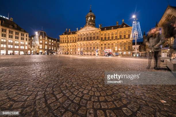 Netherlands, Holland, Amsterdam, Dam Square with the Paleis op de Dam at night