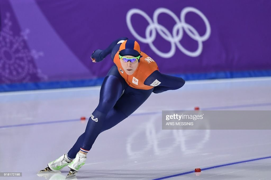 TOPSHOT - Netherlands' Jorien Ter Mors competes in the women's 1,000m speed skating event during the Pyeongchang 2018 Winter Olympic Games at the Gangneung Oval in Gangneung on February 14, 2018. /