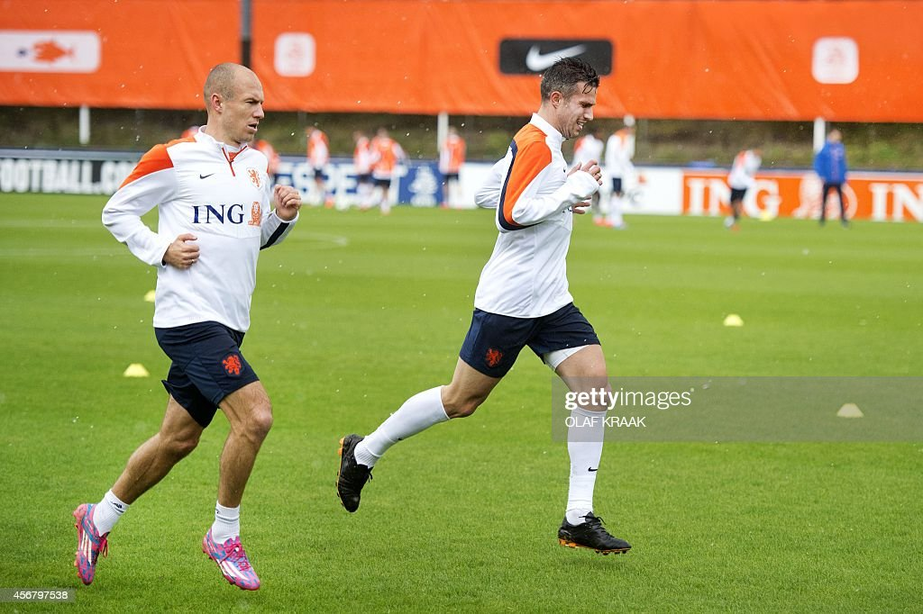 FBL-EURO-2016-NED-HIDDINK- : News Photo