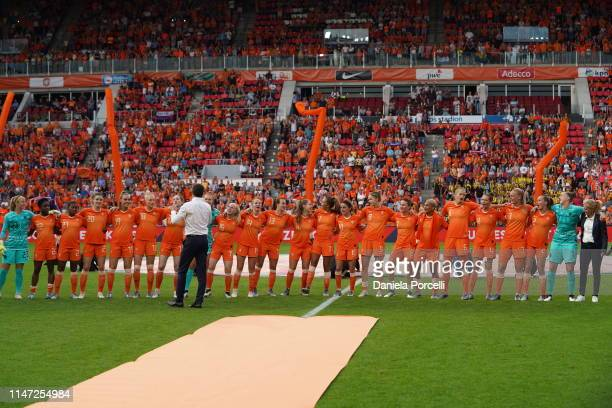 Netherlands players are singing during their send-off for the World Cup during the Women's International Friendly between Netherlands vs Australia at...