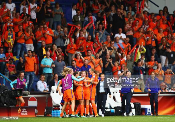 Netherlands players celebrate the opening goal scored by Lieke Martens of the Netherlands during the UEFA Women's Euro 2017 Quarter Final match...